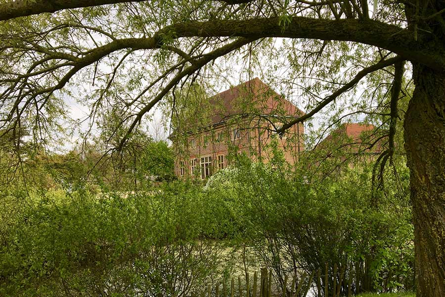 Elizabethan Coach House Sussex
