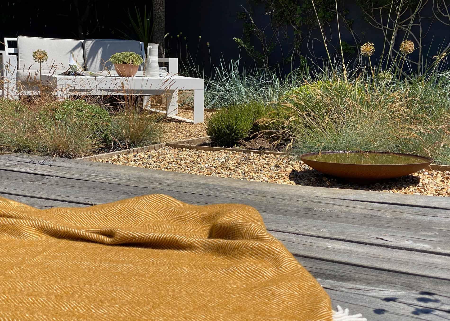 coastal garden design uk